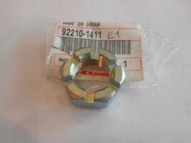 Гайка заднего колеса Kawasaki KLX450/KLX450R/KX125/KX250/KX250F/KX450F OEM 92210-1411