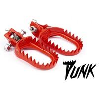 Подножки стальные красные S3 Punk KTM 07-16 / Husaberg 11-16 / Husqvarna 14-16 / Beta -19 / Sherco / Gas Gas - 20 / Yamaha