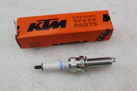 Свеча зажигания KTM 690 12-18; 1190 11-16 / Husqvarna 701 2016